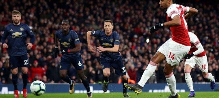 Arsenal face Man UTD