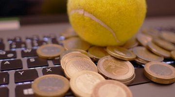 Tennis ball and Euros